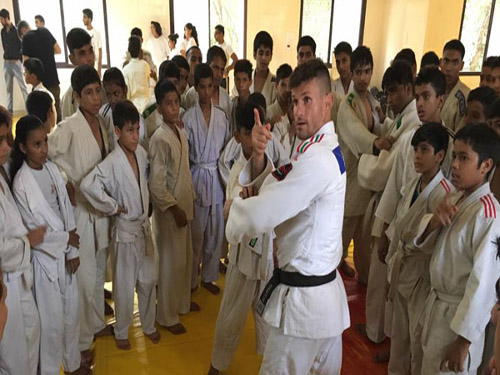Taking Judo Education Class by IJF Expert