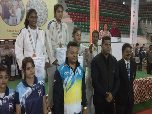 Medal Ceremony - National Cadet & Junior 2016-17