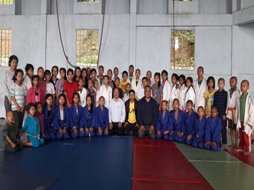 Judokas of TNT Orphanage School, Aizawl, with Officials of Mizoram Judo Association